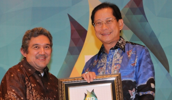 Jahja Dinobatkan Sebagai Spoke Person of The Year 2015