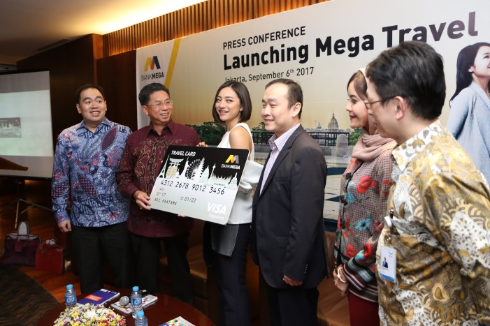Manjakan Nasabah, Bank Mega Luncurkan Mega Travel Card