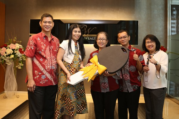 Co-Branding Maybank Finance