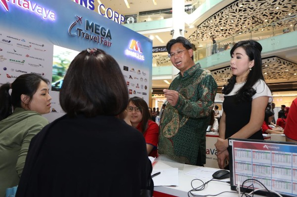 Bank Mega-AntaVaya Kembali Gelar Mega Travel Fair