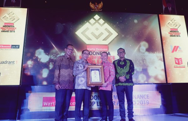 WOM Sabet Penghargaan Indonesia Multifinance Top Leader 2019