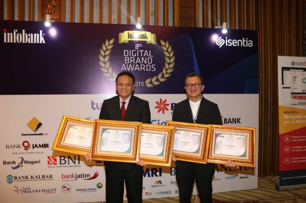 Bank DKI Raih Digital Brand Awards
