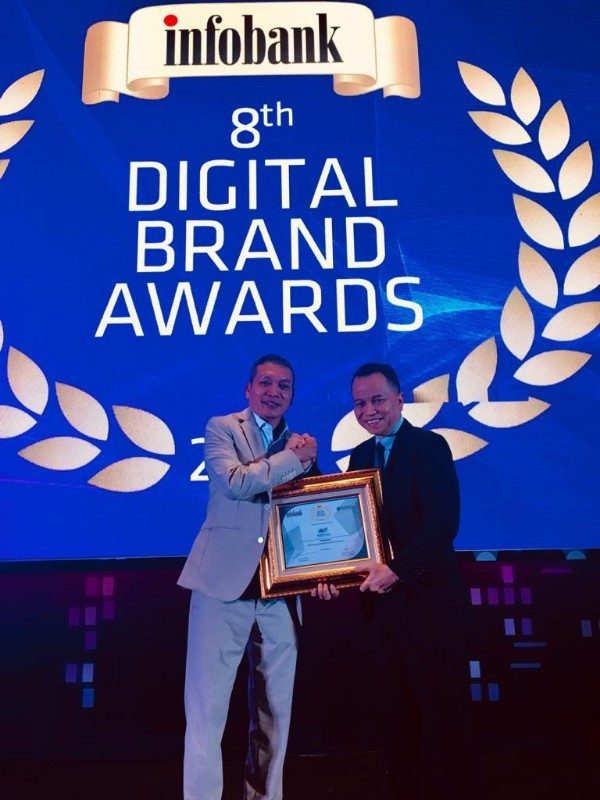 WOM Finance Sabet Digital Brand Award