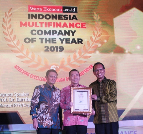 WOM Finance Raih 2 Penghargaan Indonesia Multifinance Company of the Year 2019