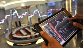 Aktifitas di Bursa ; Marak aksi beli. (Foto: Dok. Infobank).