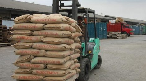 Laba Indocement Tergerus 8,4%
