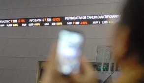 Bursa; Ditutup menguat. (Foto: Budi Urtadi).