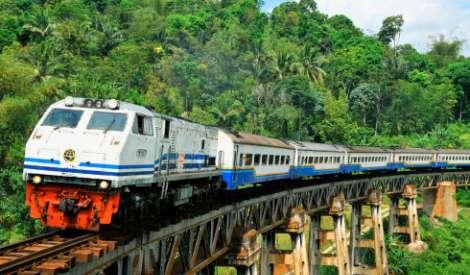 Proyek Kereta Cepat Jakarta-Bandung Tetap Jalan