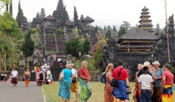 BPS: Kunjungan Wisman ke RI Capai 901,1 Ribu Orang