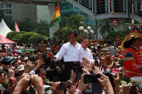 Bunga KUR 9%, Jokowi Minta Masyarakat Jauhi Rentenir