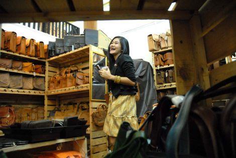 Nasib Produk Lokal di Tengah Serbuan Produk Tiongkok