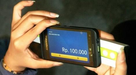 OJK : Empat Tahun Pengguna E-Banking Meningkat 270%