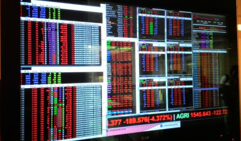 IHSG Ditutup Menguat 27 Poin