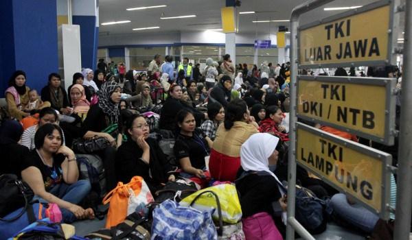 Bekraf Bekali Buruh Migran dengan Pelatihan Komputer
