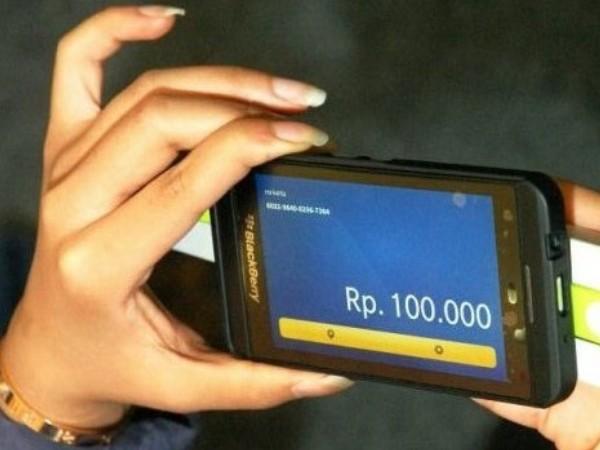 Perkembangan Smartphone dorong Kesuksesan Digital Banking