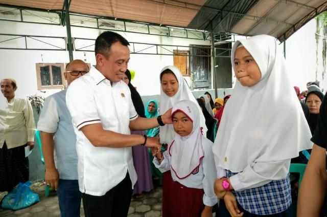 Perbarindo Serahkan Bantuan Rp586 Juta Untuk Korban Gempa dan Tsunami di Sulteng