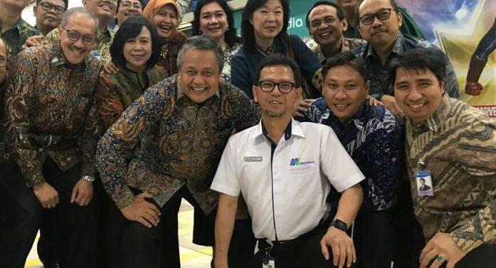 Bersama Bankir, Gubernur BI Jajal MRT Dari HI ke Lebak Bulus