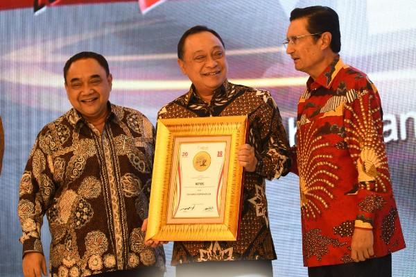 Dirut BTN Sabet Penghargaan Tokoh Finansial
