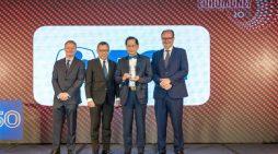 Euromoney Nobatkan BCA Sebagai Bank Terbaik