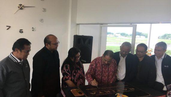 Menteri Pariwisata Lakukan Kunjungan Kerja ke Danau Toba
