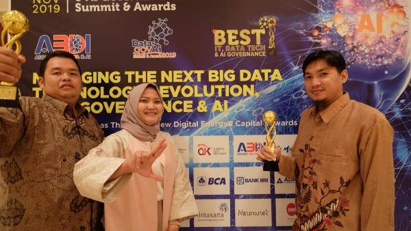 Lintasarta Raih Penghargaan Best IT & Data Tech Governance