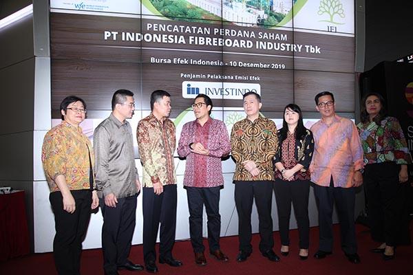 Pencatatan Perdana Saham Indonesia Fibreboard Industry