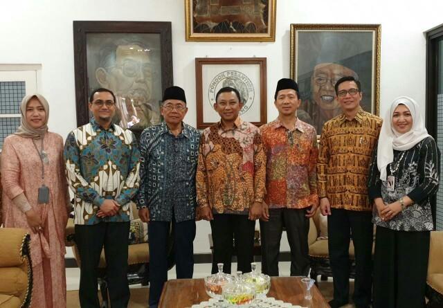 Phintraco Sekuritas dan BEI Resmikan Galeri Investasi di Tebuireng Jombang