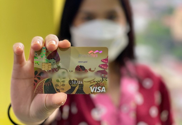 Bank Mandiri Imbau Nasabah Ganti Kartu Debit ke Chip Sebelum 2022